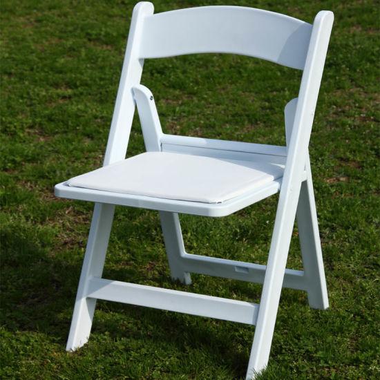 sillas plegables blancas de madera
