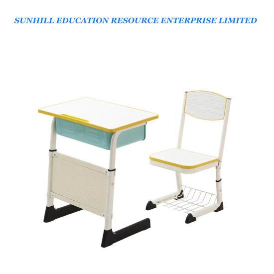 L'école élève en classe Bureau et chaise, école moderne en bois et Metail Table et chaise ensemble, les enfants table unique, l'École de meubles pour