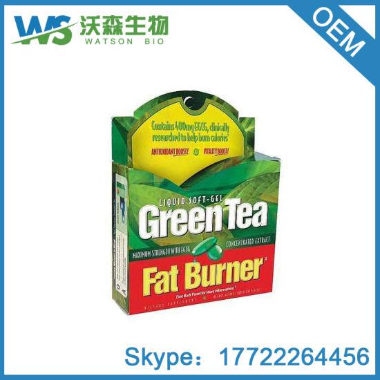 comiendo hojas de té verde para bajar de peso