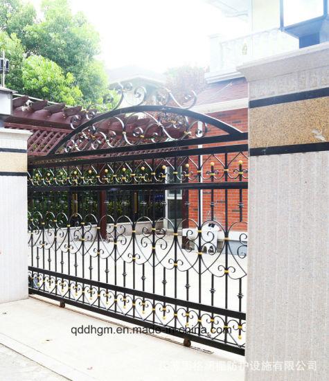 Jardin ornemental coulissantes automatiques de porte en fer forgé