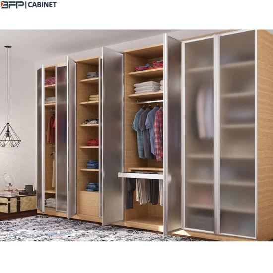 Un design moderne en bois acrylique armoire avec 8 portes