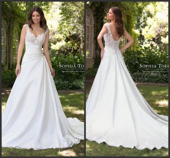 Chine La dentelle robes de mariée une ligne