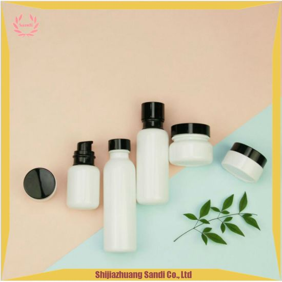 China Botellas de vidrio blanco Crema Facial y frascos con