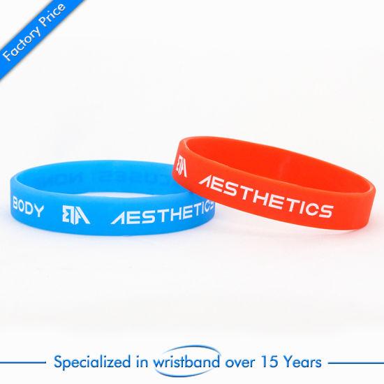 qualité incroyable style distinctif style moderne Échantillon gratuit de façon personnalisée en caoutchouc de silicone  colorées gifle Sport Smart bracelet gravé personnalisé imprimé gravé  Bracelet en ...
