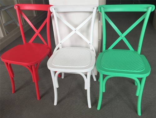 China 2015 Nuevo diseño de plástico de resina silla