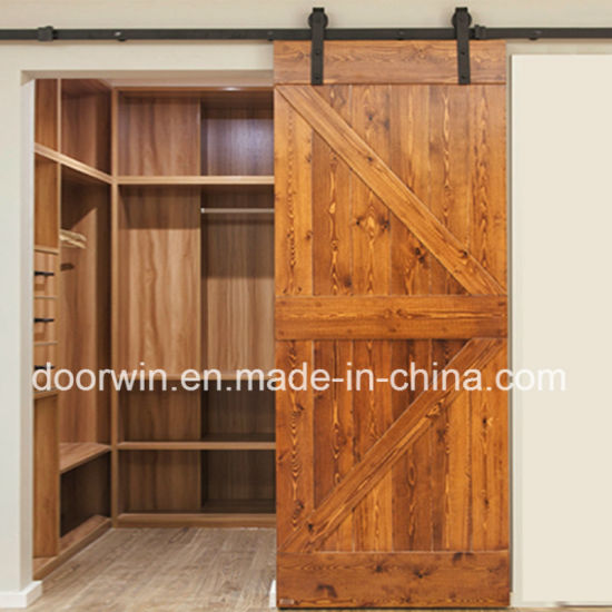 Top China Amerikanische Stall-Tür-Eichen-festes Holz-Schiebetür-Eichen ZW58