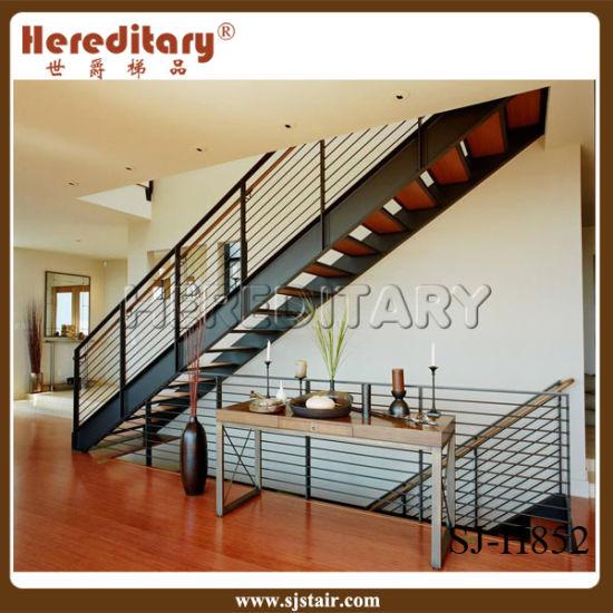 Chine Conception simple escalier en acier pour la décoration ...