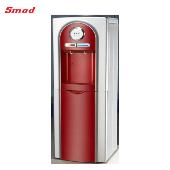 Erogatore normale freddo indipendente dell\'acqua di colore rosso con il  frigorifero