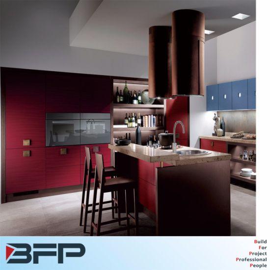 Rouge Bleu Mixte De L Ile De Cuisine En Bois Le Petit Dejeuner Bar Avec Paillasse De Granit