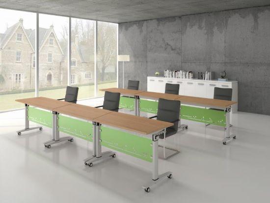 Station de travail moderne de 4 pax avec Armoire étagères pour le milieu de  travail de bureau