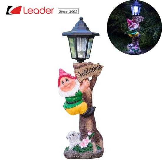 Jardin Polyresin Gnome Avec Lampe Solaire Post Pour La Decoration De Plein Air Faire De Votre Jardin Lumiere