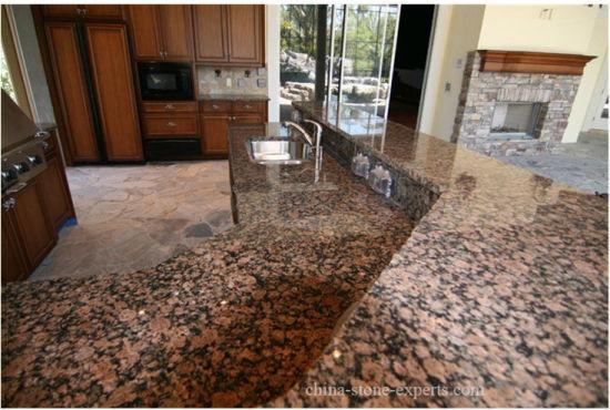 Préfabriqué Bwown Quartz Baltique/granit/en marbre/Ardoise/comptoir en  granit pour cuisine/salle de bains/armoire/Island/hôtel