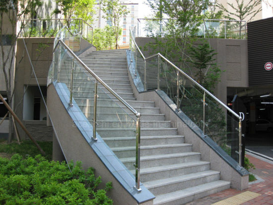 China Diseño Moderno De Vidrio De Vidrio Estructural Baranda