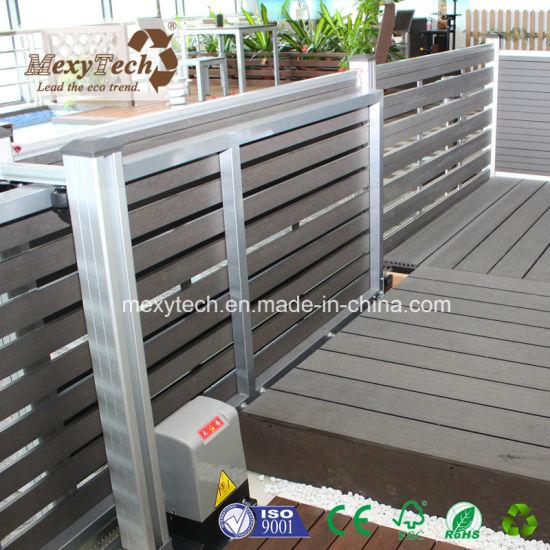 Le WPC électrique extérieur jardin clôture avec porte coulissante