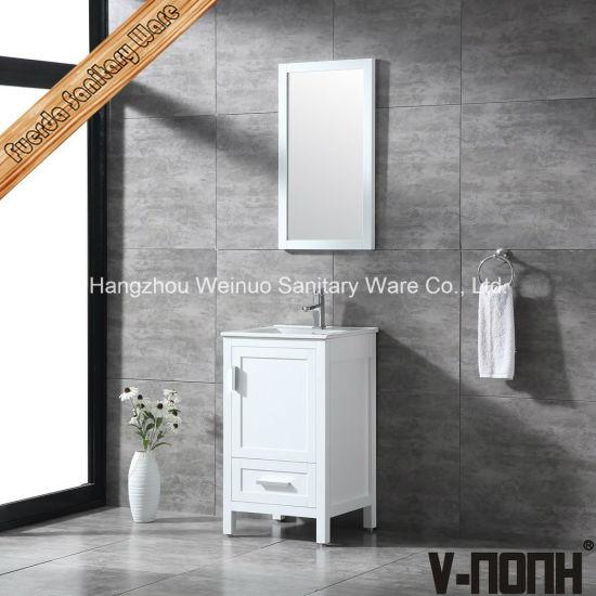 China Madera maciza moderno blanco pequeño cuarto de baño ...