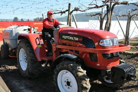 Chine Foton Lovol Orchard Vignoble 70 Hp Tracteur Pour