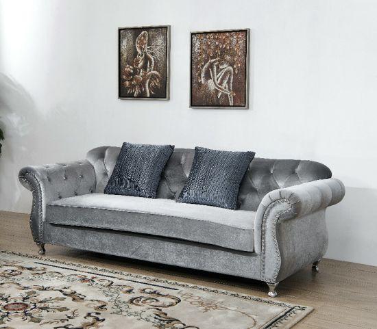 Sofà moderno antico del tessuto di Divani Chesterfield dell\'insieme di  salone