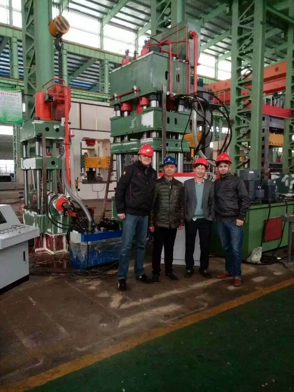 The Polish customer acceptance of the hydraulic press