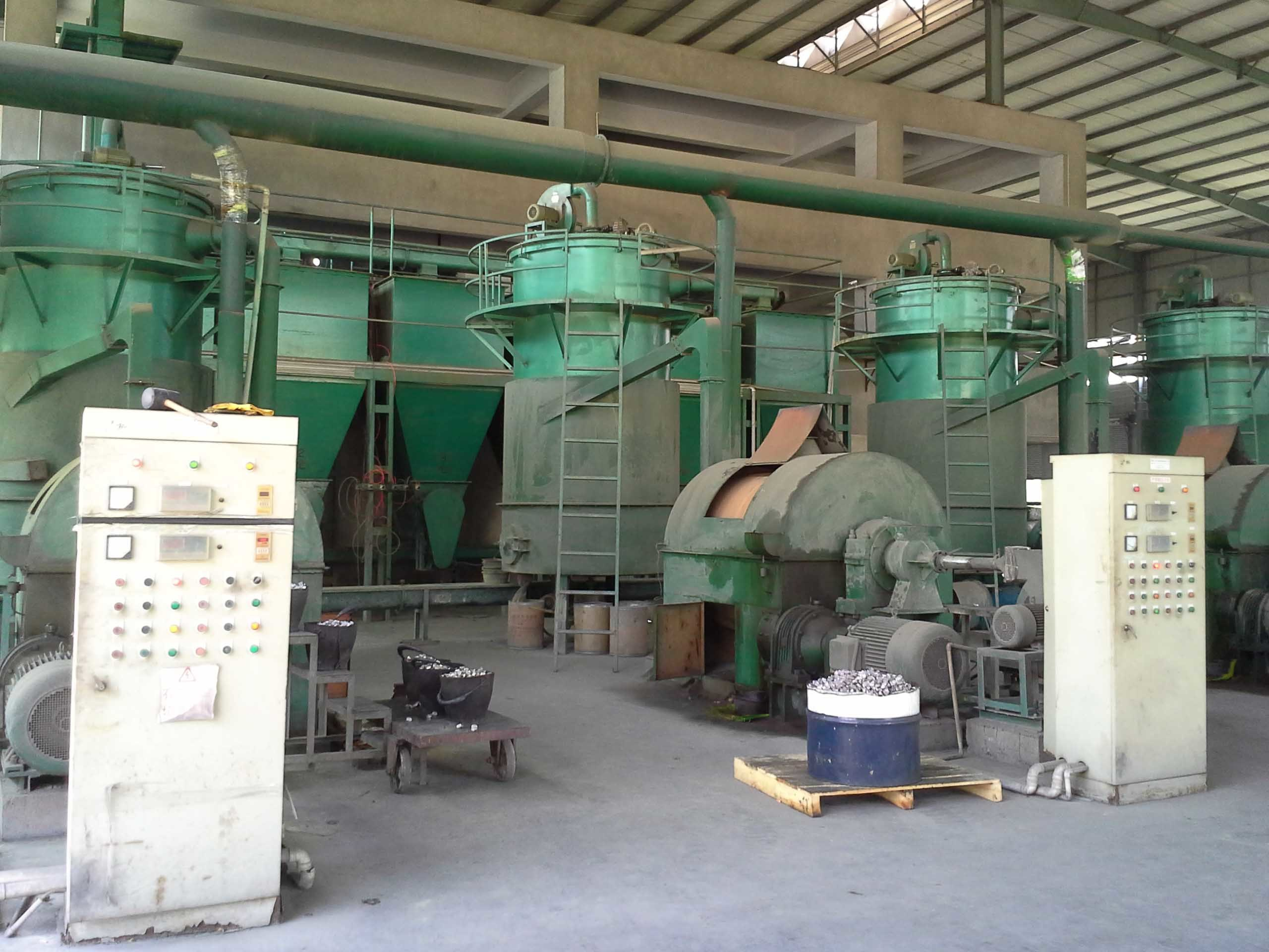 Lead paste production