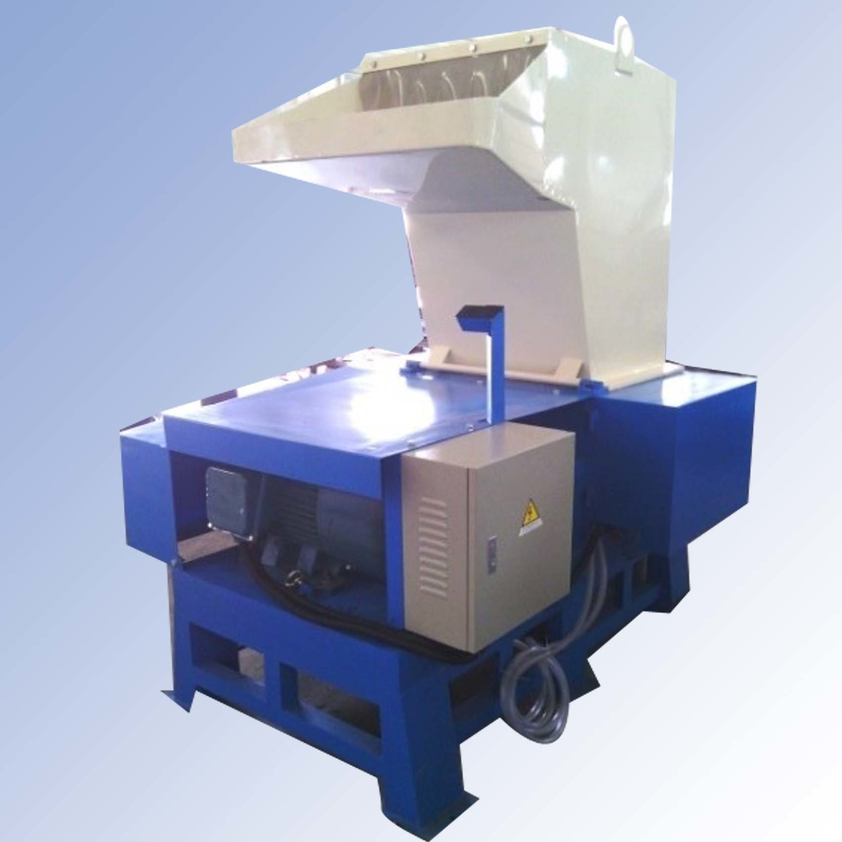 Plastic Crushing Machine