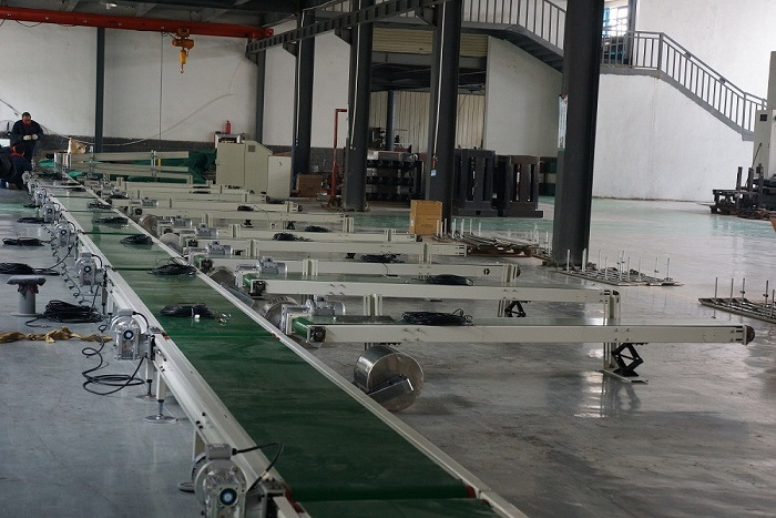 conveyor in production