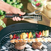 With One food tong your BBQ became easy and quick