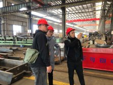 Customers from Hong Kong visit our workshop