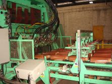 Roof tile press machine