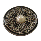 Zinc Alloy Inlaid Pearl Paint Badge