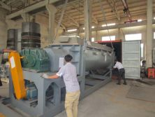 Paddle dryer for draff materials
