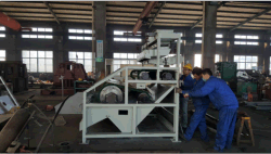 workers are manufacturing high intensity roller magnetic seprator