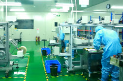100,000 class cleanroom