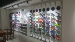 sport shoes sample room