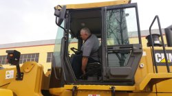 Customer tested our HQ956 wheel loader on 14th, April,2018