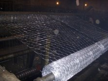 hexagonal wire mesh work shop
