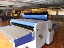 FALT-PLATE PRESSING MACHINE
