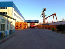 Tavol Tower Cranes Factory Show