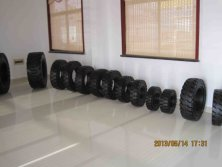 Forklift solid tyre under sale