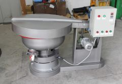 Vibratory Finisher With Protective Cover