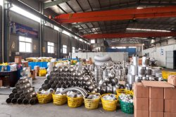 Warehouse Stock of stainless steel fittings