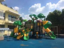 Jungle style outdoor playground equipment