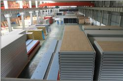 Container chassis and top warehouse
