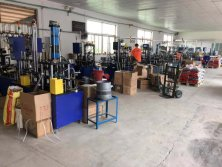Fully automatic assembly equipment