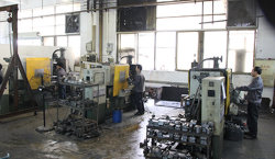zinc alloy casting machine