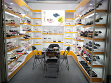 121 canton fair booth for children ballerinas shoes