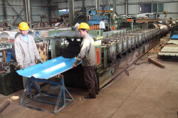 Steel sheeting machine