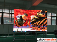 ph2.5 large led tv display testing in factory