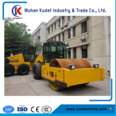 Fully Hydraulic Vibrating Roller (28 tons)