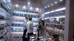 The Client From South America Visit Greenshoe Booth in 112 Carton Fair