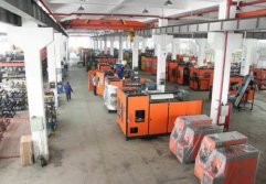 small-medium size machine workshop